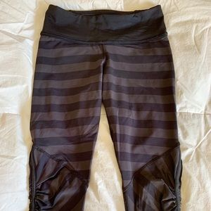 Lululemon Crop Ruched Striped Leggings Size 4